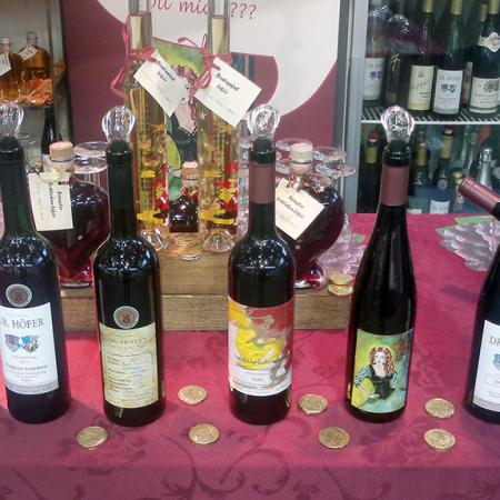 Weine im Hofladen vom Weingut Dr.Höfer